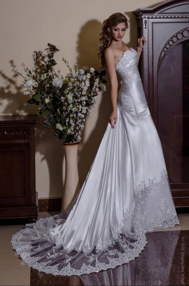 Карандашова виктория платья